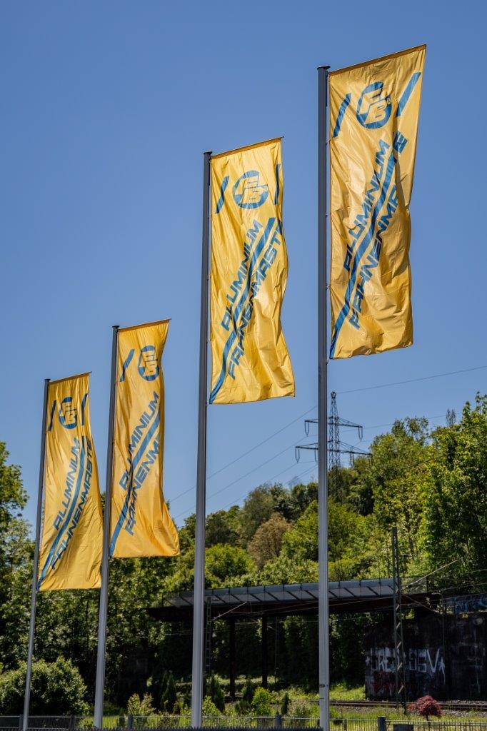 Bräuer Fahnenmasten Lager Betzingen